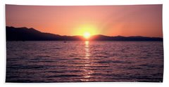 Lake Sunset 8pm Bath Towel
