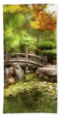 Hand Towel featuring the photograph Landscape - Simply Paradise by Mike Savad