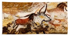 Lascaux Hall Of The Bulls - Horses And Aurochs Hand Towel