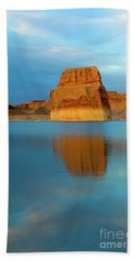 Bath Towel featuring the photograph Last Light At Lone Rock by Mike Dawson