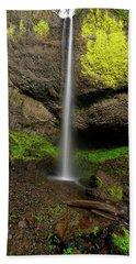 Hand Towel featuring the photograph Latourell Falls by Jonathan Davison
