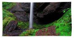 Hand Towel featuring the photograph Latourell Falls Oregon by Jonathan Davison