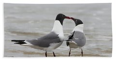 Laughing Gulls In Love Bath Towel