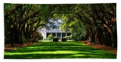 Legare Waring House Charleston Sc Bath Towel by Susanne Van Hulst