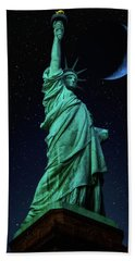 Hand Towel featuring the photograph Let Freedom Ring by Darren White