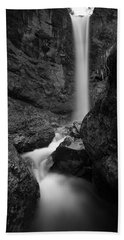 Leuenfall In Black And White Bath Towel