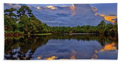 Light Beam Sunset Over Hidden Lake In Jupiter Florida Hand Towel