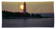 Lighthouse At Sunset Bath Towel