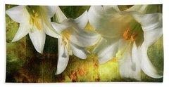 Lilies With Light Bath Towel