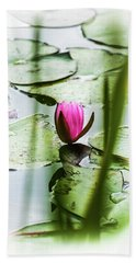 Lily Pad Red - 1001 Hand Towel