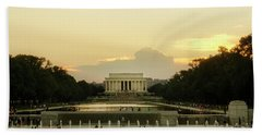 Lincoln Memorial Sunset Bath Towel