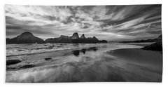 Lines In The Sand At Seal Rock Bath Towel