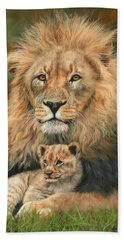 Lion And Cub Hand Towel by David Stribbling