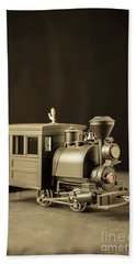 Hand Towel featuring the photograph Little Steam Locomotive by Edward Fielding