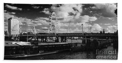 London S Skyline Hand Towel