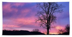 Lone Tree At Dawn Hand Towel