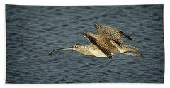 Long-billed Curlew In Flight Bath Towel