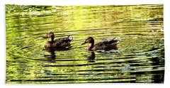 Hand Towel featuring the photograph Love Ducks by Sadie Reneau