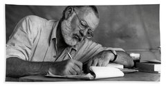 Love Of Writing - Ernest Hemingway Bath Towel