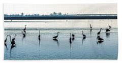Hand Towel featuring the photograph Low Tide Gathering by Steven Sparks