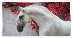 Lusitano Portrait In Red Flowers Bath Towel