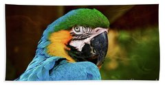 Bath Towel featuring the photograph Macaw Portrait by Kathy Baccari