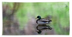 Bath Towel featuring the photograph Mallard In Reflecting Pool H58 by Mark Myhaver