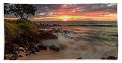 Maluaka Beach Sunset Bath Towel