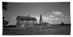 Bath Towel featuring the photograph Manassas Battlefield Farmhouse 2 Bw by Frank Romeo