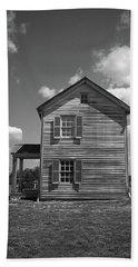 Hand Towel featuring the photograph Manassas Civil War Battlefield Farmhouse Bw by Frank Romeo
