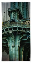 Hand Towel featuring the photograph Manhattan Bridge Tower by Chris Lord