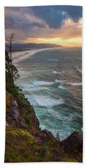 Bath Towel featuring the photograph Manzanita Sun by Darren White