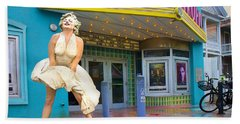 Marilyn Monroe In Front Of Tropic Theatre In Key West Hand Towel