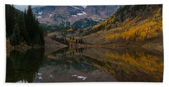 Maroon Bells Bath Towel by Gary Lengyel