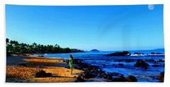 Hand Towel featuring the photograph Maui Sunrise On The Beach by Michael Rucker