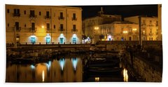 Midnight Silence And Solitude - Syracuse Sicily Illuminated Waterfront Hand Towel