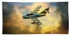 Hand Towel featuring the photograph Mikoyan-gurevich Mig-15uti by Chris Lord