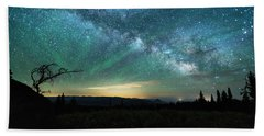 Milky Way Rising Bath Towel