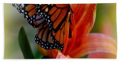 Mingle With A Monarch Bath Towel