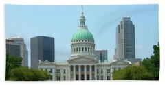 Bath Towel featuring the photograph Missouri State Capitol Building by Mike McGlothlen