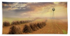 Hand Towel featuring the photograph Misty Amish Sunrise by Lori Deiter