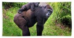 Mom And Baby Gorilla Bath Towel by Stephanie Hayes