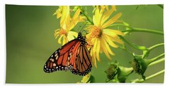 Bath Towel featuring the photograph Monarch Butterfly by Gary Hall