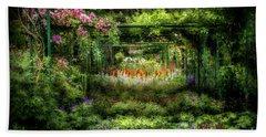 Monet's Lush Trellis Garden In Giverny, France Bath Towel