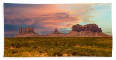 Monument Valley Landscape Vista Bath Towel
