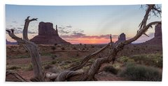 Monument Valley Sunrise With Wood  Bath Towel