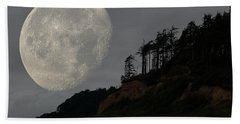 Moon At Roosevelt Beach Wa Hand Towel