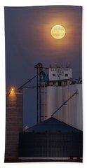 Moonrise At Laird -02 Bath Towel