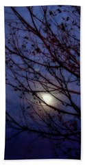 Bath Towel featuring the photograph Moonrise by Ellen Heaverlo