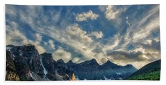 Moraine Lake Sunset - Golden Rays Bath Towel